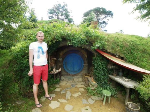 eingang-zum-hobbithaus
