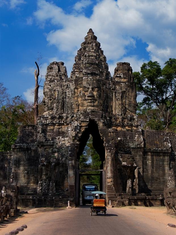 Angkor_ThomSouthGate
