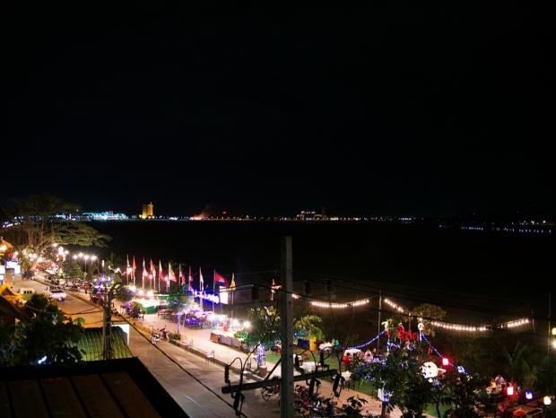 Vientiane_MekongNightlife