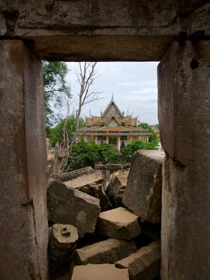 Der neue Tempel ist direkt nebenan