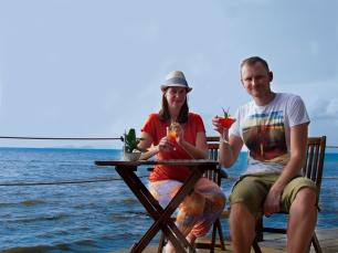 Das Leben genießen: Sonne, Meer und Cocktails