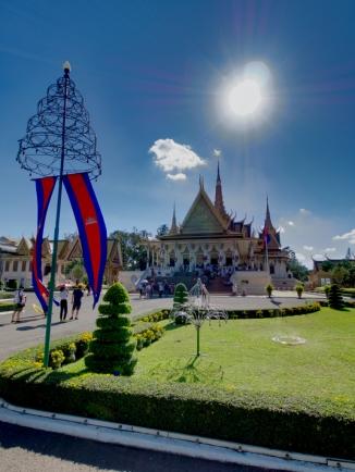 Der Königspalast bei bestem Wetter