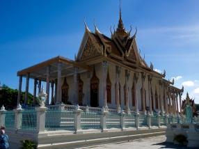 Die Silberpagode beherbergt den Emerald Buddha