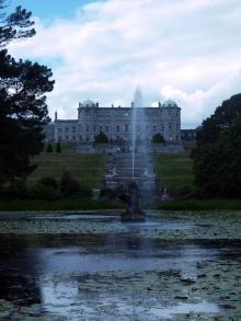 Das Powerscourt Estate mit den beeindruckenden Gärten ist ein schöner Kontrast zum Trubel in Dublin.