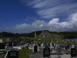 Liegt die Burrishoole Abbey nicht wunderschön?