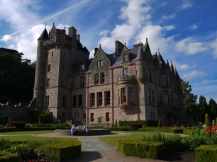 Das Schloss von Belfast trohnt hoch über der Stadt.