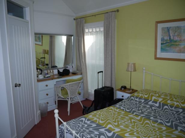 Die Zimmer sind nicht groß, dafür ist die Herzlichkeit der Hosts um so größer!
