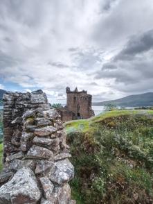 Das Urquhart Castle macht Geschichte lebendig.