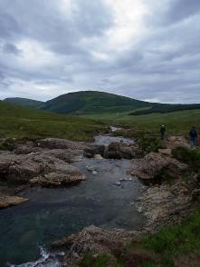 Am Fluss kann man gut entspannen.