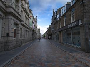 Die vielen Fußgängerzonen waren nur selten voll.