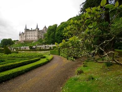 Die Gärten sind nicht weniger sehenswert als das imposante Innere.