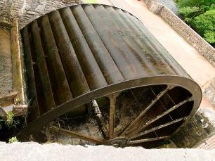Der Flusslauf wurde einst zur Energiegewinnung genutzt.