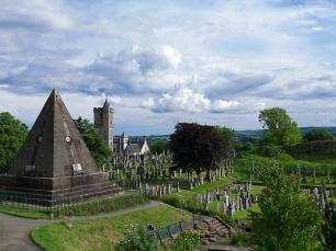 Für das Stirling Castle waren wir zu spät. Der zugehörige Friedhof war trotzdem sehenswert.