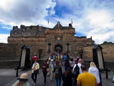 Edinburgh Castle ist der Touristenmagnet der Stadt.