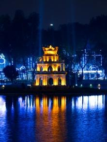 Die Turtle-Pagoda bei Nacht.