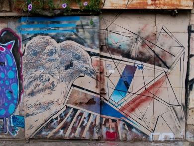 Kaum ein Fleck Wand, Zaun oder Garagentor war frei von Kunst!