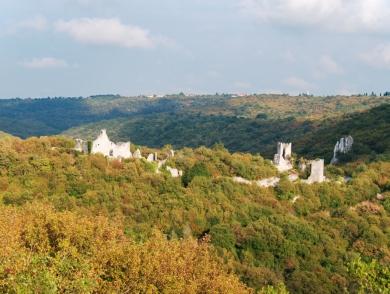 Dvigrad liegt malerisch im Draga-Tal.